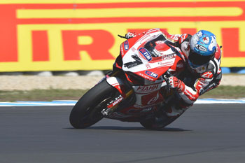 Checa hands Panigale WSBK Superpole on debut at Phillip Island