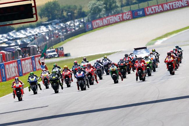 The 23-lap MotoGP race gets underway at Mugello in Italy. Image: MotoGP.com.
