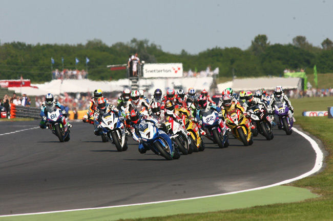 British Superbike action resumes at the iconic Snetterton circuit in Norfolk this weekend.