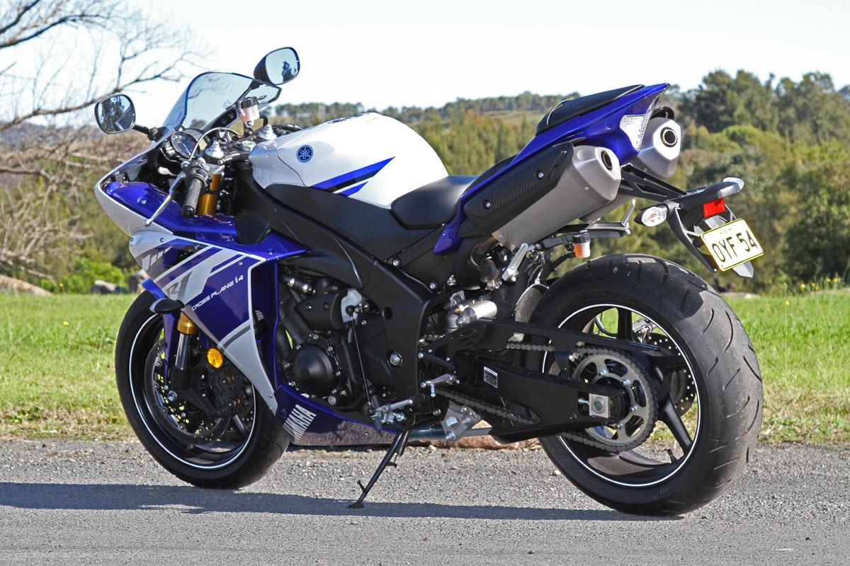 Tested: 2014 Yamaha YZF-R1 - CycleOnline.com.au - 251.6KB