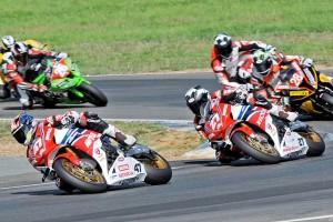 Live: 2014 AFX-SBK Rd3 Queensland Raceway