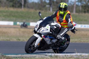 Vermeulen and Donald to feature at BMW RR Experience events