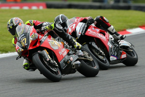 Haslam and Byrne race to Brands Hatch BSB victories