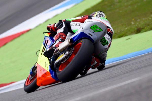 Gardner makes gains in 'boring' Assen Moto2 affair