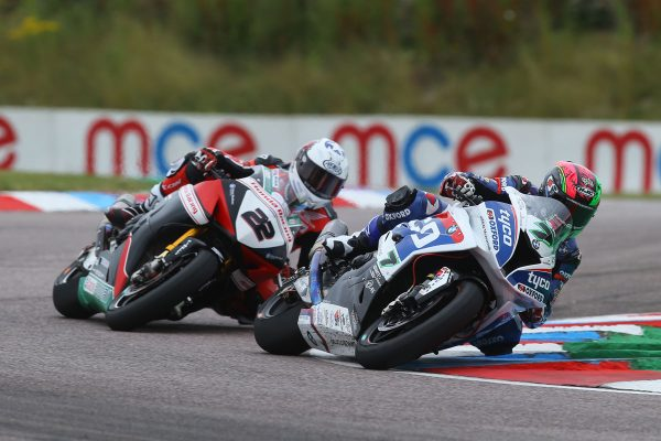 Byrne and Laverty battle to Thruxton BSB race wins