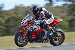 Crankt Protein Honda Racing Team prepared to take it down to the wire at Winton