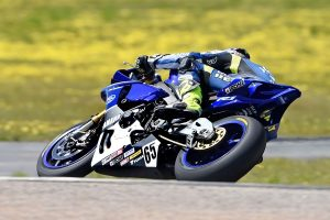 Hit and Miss: 2016 ASBK Rd6 Winton