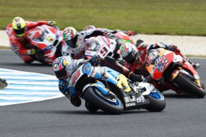 'Good old-fashioned scrap' results in Phillip Island top 10 for Miller