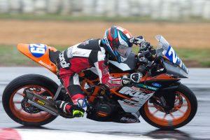 KTM RC390 and Van Eerde lead Australian Championship