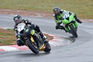 Supersport rookie Toparis breaks through at Wakefield Park
