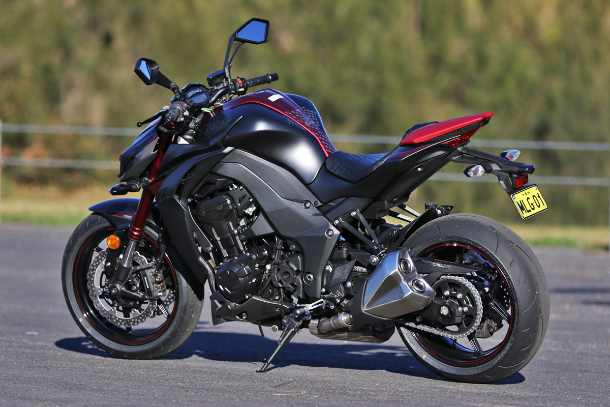 Review: 2016 Kawasaki Z1000 ABS - CycleOnline.com.au