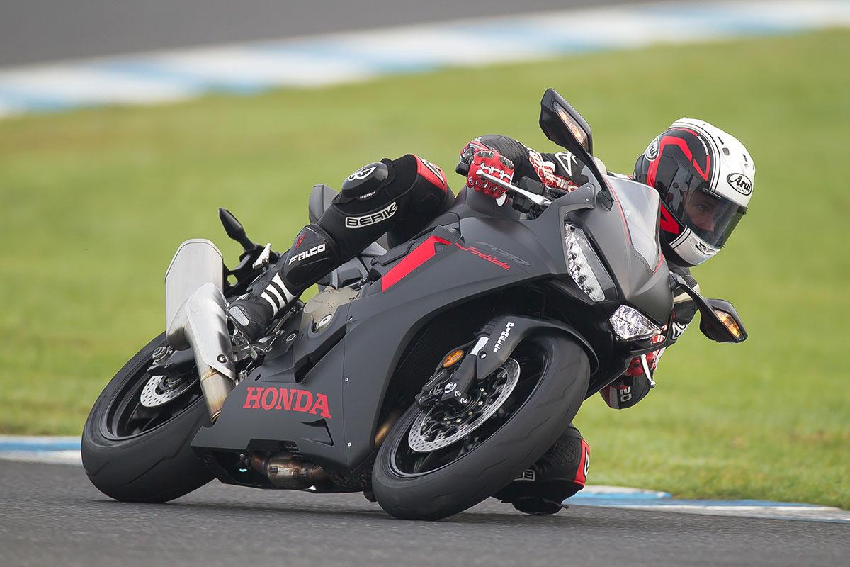 Review 2017 Honda Cbr1000rr Cycleonlinecomau