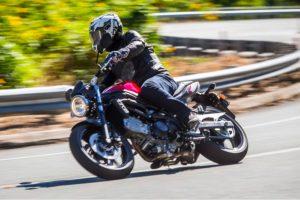 Review: 2017 Suzuki SV650