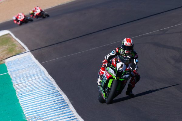 Rea dominates Spanish WorldSBK weekend with race two victory