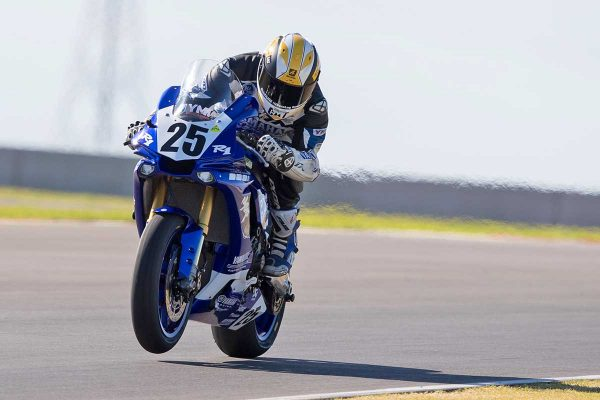 Racefeed: 2018 ASBK Rd3 The Bend Motorsport Park