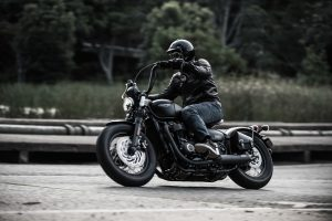 Review: 2018 Triumph Bonneville Bobber Black