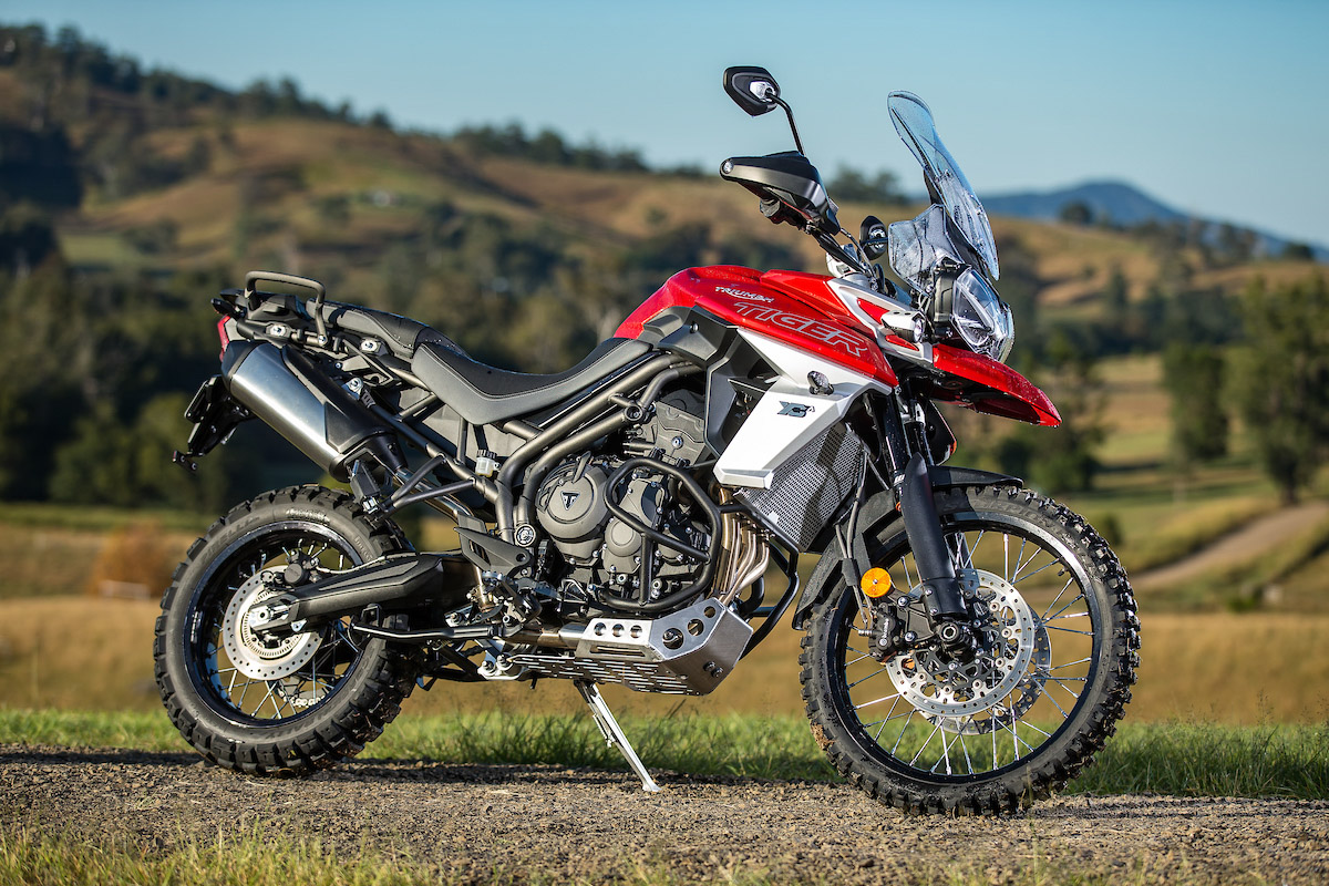 Super Review 2018 Triumph Tiger 800 Range Cycleonline Com Au Onthecornerstone Fun Painted Chair Ideas Images Onthecornerstoneorg