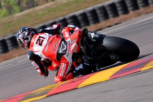 Bayliss 'owes' race win and podium to DesmoSport Ducati crew