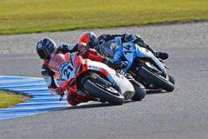 Superbike race one belongs to Bayliss at Phillip Island