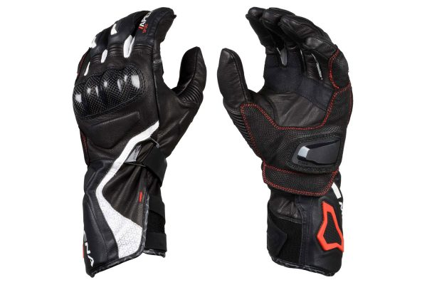Product: 2019 Macna Apex glove
