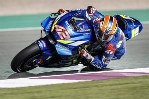 Rins sets pace on day two of Qatar MotoGP testing