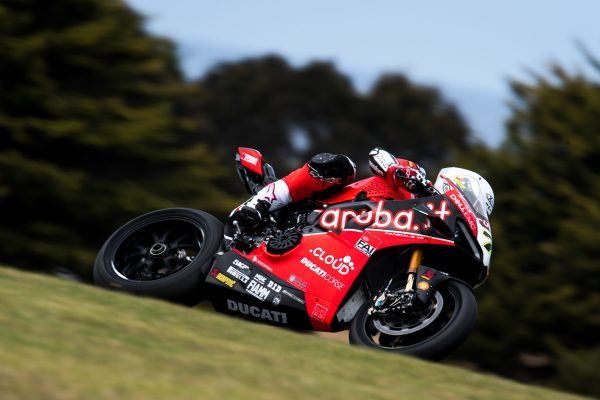 Technical issue hinders Davies at Phillip Island test