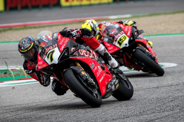 Davies optimistic as Ducati Panigale V4 R feeling improves