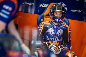 KTM extends Oliveira contract to remain at Tech3 for 2020