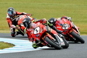 Herfoss wins Phillip Island Superbike race one