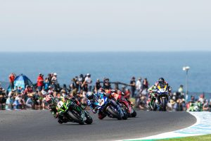 Rea rebounds with Sunday Superpole Race victory